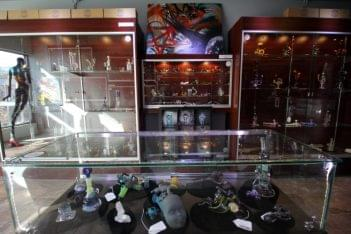 Head Games Philly Glass Art Gallery Philadelphia PA glass art sculpture