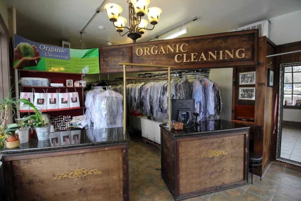 Kings Guard Cleaners, Haddonfield NJ – See-Inside Dry Cleaners