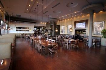Pats Select Pizza Smyrna DE dining room