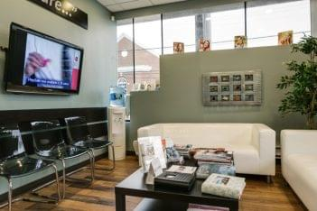 Andrea Botar D.D.S. - Rose Hill Dental - Hewlett, New York Dentist waiting room