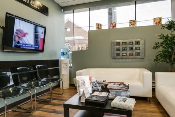 Andrea Botar D.D.S. - Rose Hill Dental - Hewlett, New York Dentist waiting room