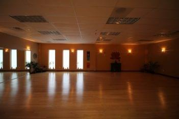 Club Metro USA of Manalapan NJ yoga room
