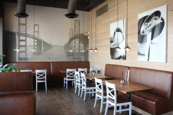 Pats Select Pizza Grill Pasadena MD seating