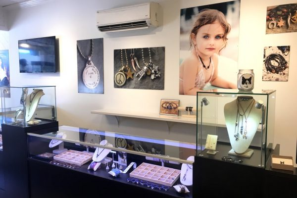 Poor Cat® Red Bank NJ Jewelry store display counter