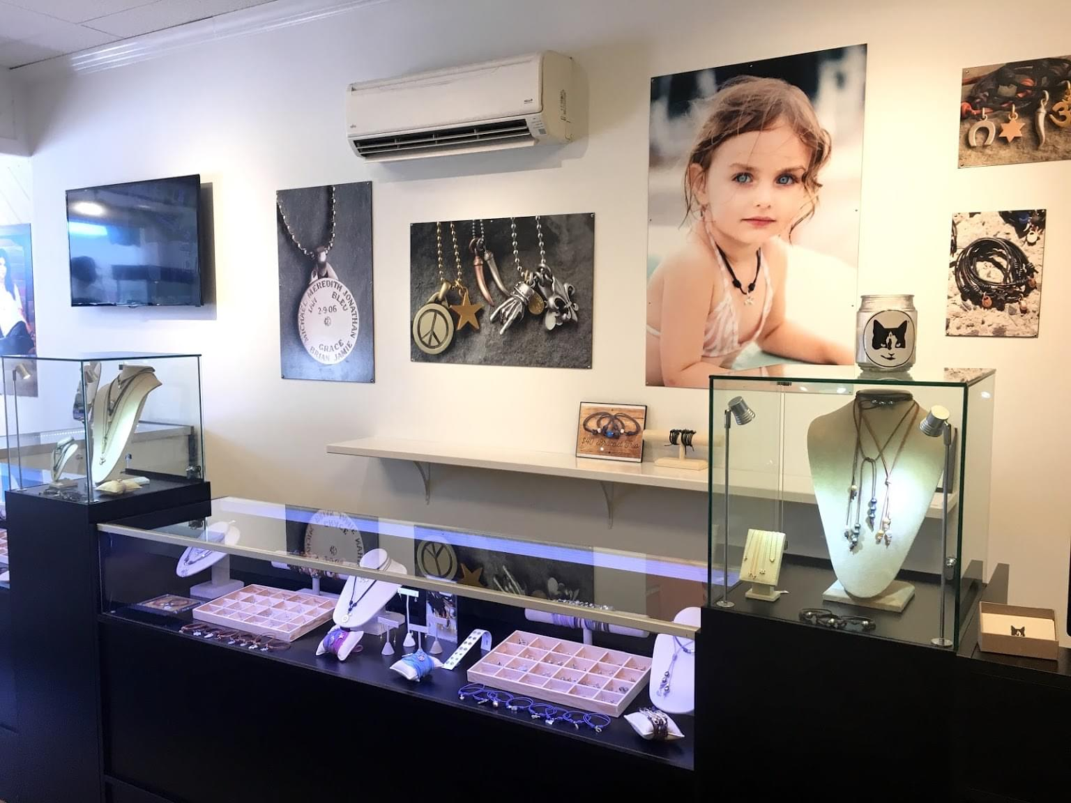 Poor Cat® – See Inside Jewelry Store – Red Bank, NJ