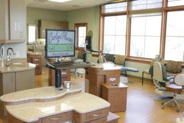 High Quality Images of Dental Offices