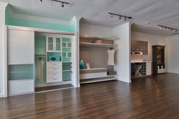 California Closets Ponte Vedra Beach furniture display
