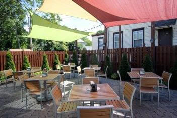 Stella Pizza Collingswood NJ pizzeria outdoor patio