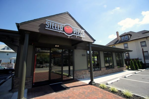 Stella Pizza Collingswood NJ pizzeria store front