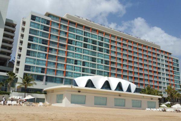 La Concha A Renaissance Resort Perla restaurant San Juan Puerto Rico