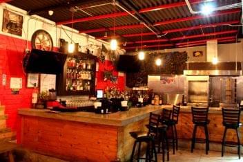 Mashawi Divino Guaynabo Puerto Rico restaurant bar