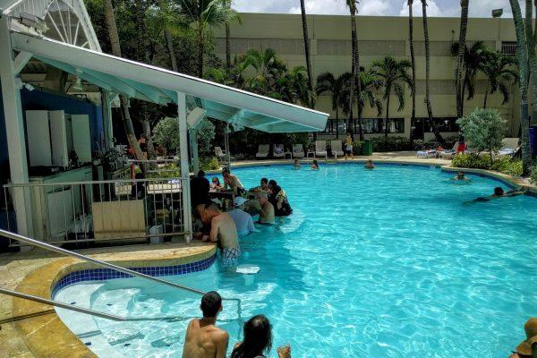 Pool Bar Courtyard Marriott Carolina, Puerto Rico