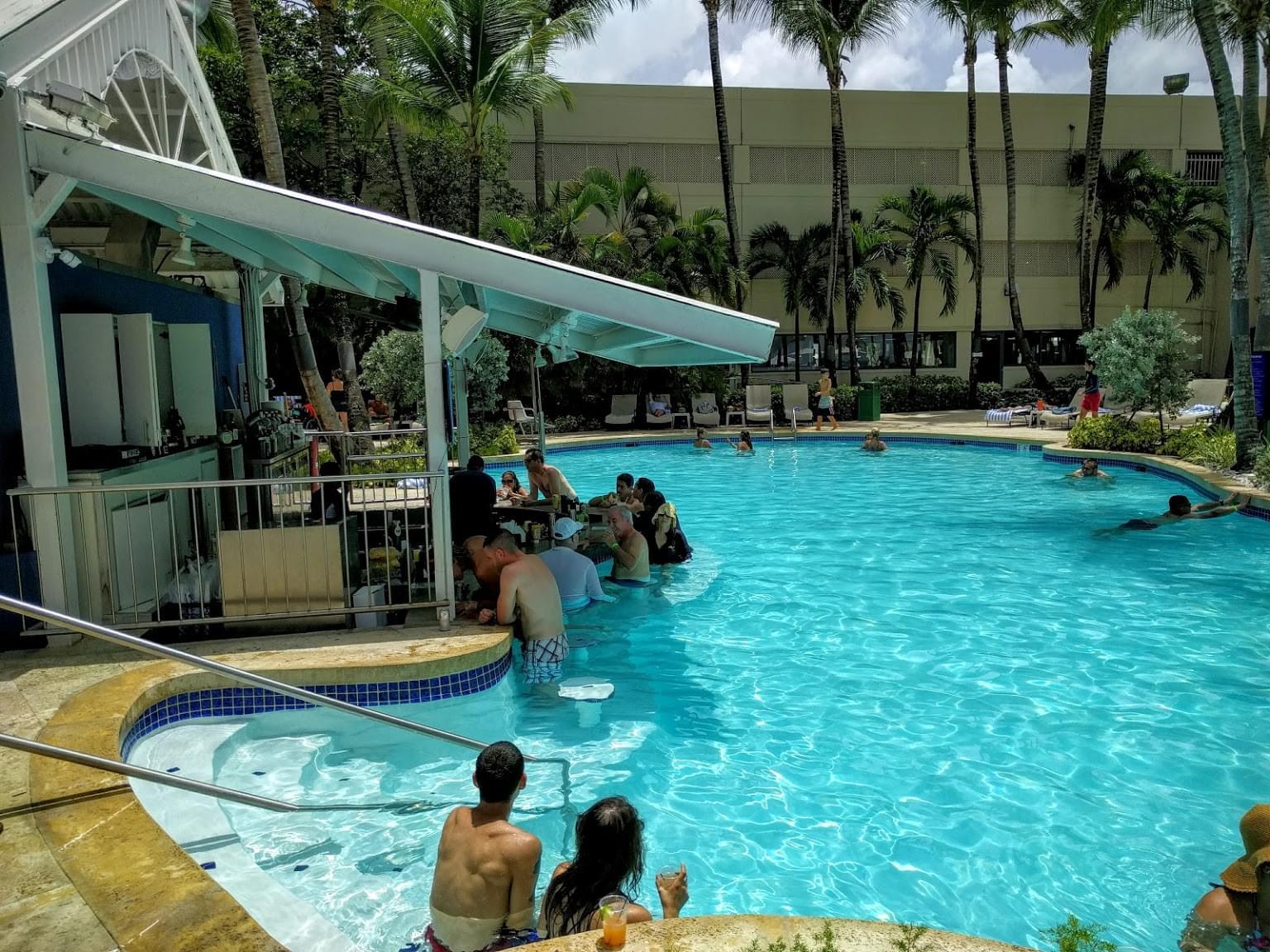Pool Bar – Carolina, Puerto Rico – See-Inside Bar & Restaurant