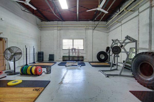 CrossFit 757 Norfolk VA gym equipment