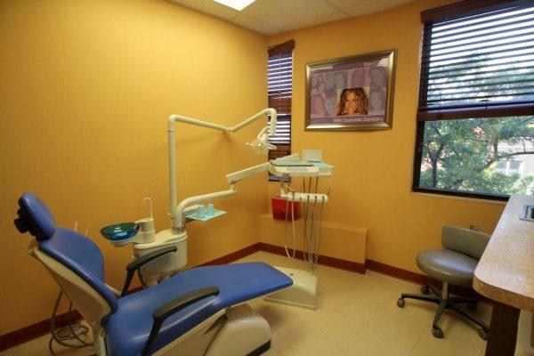 American Dental Office Kings Hwy, Brooklyn, NY dentist exam room chair