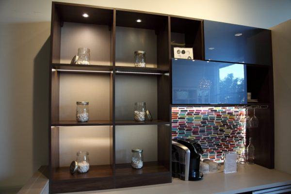 California Closets Studio City, CA shelves
