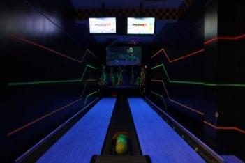 Karts Indoor Raceway Lake Ronkonkoma, NY go-kart track bowling lanes