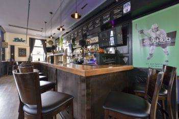 The Stone Lion Torono, ON bar gastropub