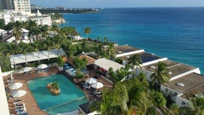 Sapphire Beach Club & Resort Cupecoy Sint Maarten pool