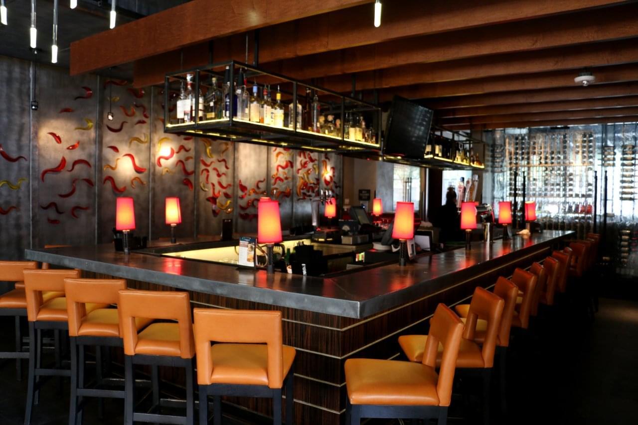 Del Frisco's Grille Houston, TX Steakhouse Restaurant bar