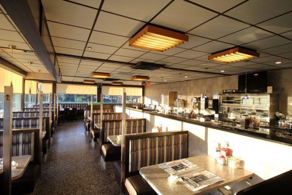 Medport Diner & Restaurant Medford, NJ booths