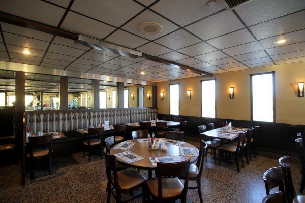 Medport Diner & Restaurant Medford, NJ dining area