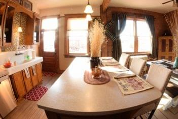 The Mercantile Loft Laramie, WY Bed & Breakfast kitchen table