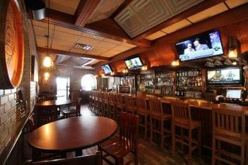 Bar-seating-at-Santuccis-Original -Square-Pizza-pizzeria-at-Broad-Street-Philadelpia-PA