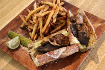 Brisket-Sandwich-and-fries-at-Santucci's-Original-Square-Pizza-pizzeria-at-Christian-Street-in-Philadelpia-PA