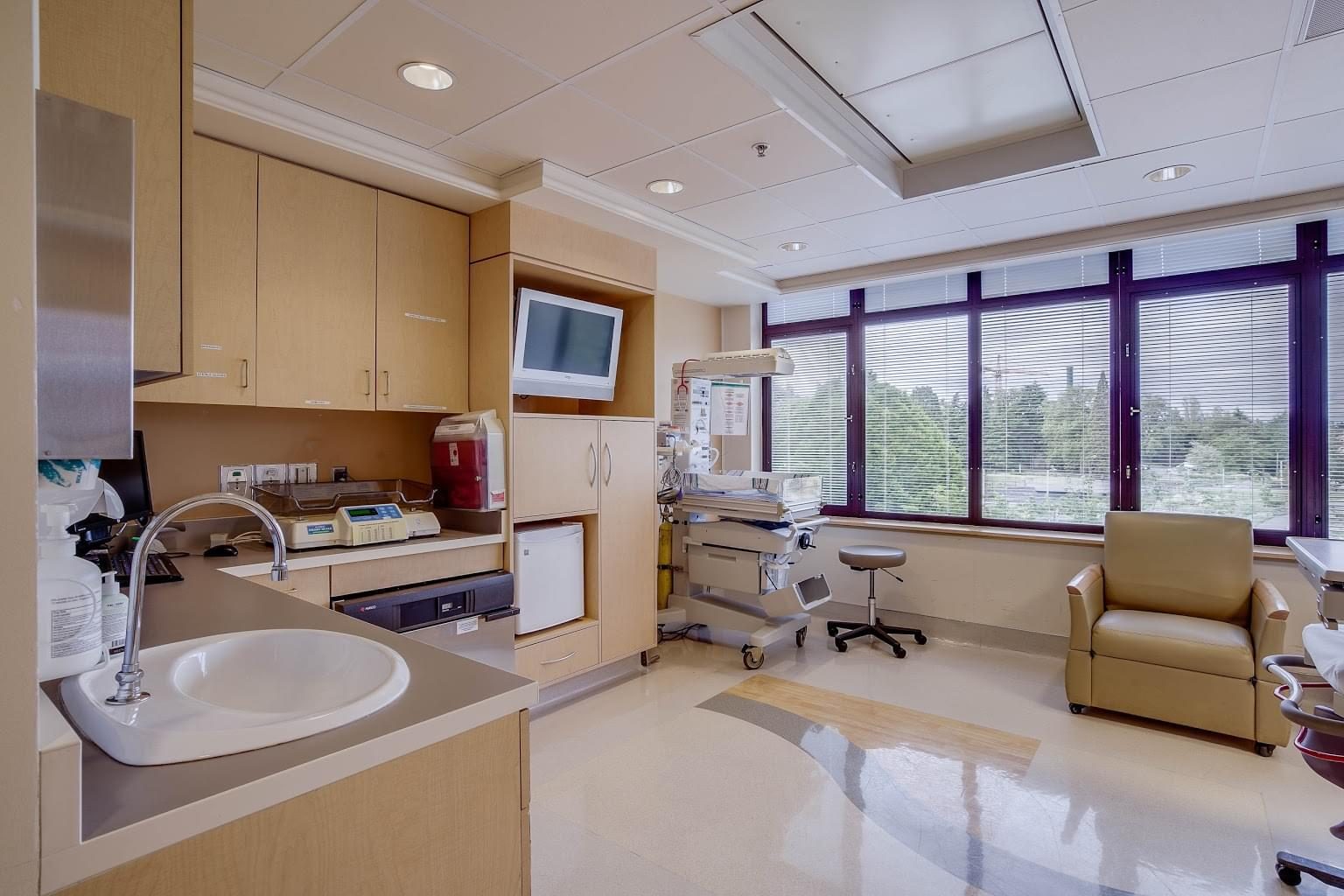 Maternal and Infant Care Clinic at UWMC – Seattle, WA – Obstetrician-Gynecologist