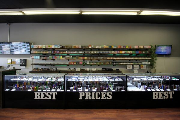 Good Guy Vapes Union, NJ Vaporizer Store display counter