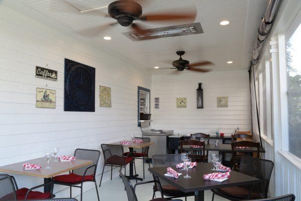 Del Ray Café Alexandria, VA Organic Restaurant patio