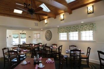 Del Ray Café Alexandria, VA Organic Restaurant seating