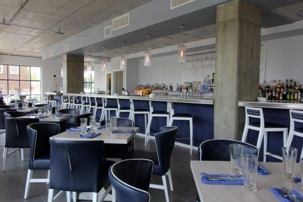 Hummingbird Alexandria, VA American Restaurant seating bar