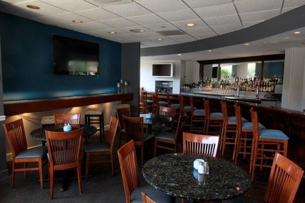 Laporta's Restaurant Alexandria, VA American Restaurant bar
