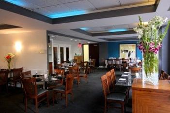 Laporta's Restaurant Alexandria, VA American Restaurant seating