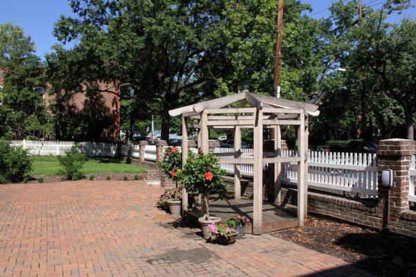 Lloyd House Alexandria, VA Historic building backyard gazebo