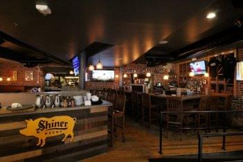 Myron Mixon's Pitmaster Barbeque Restaurant Alexandria, VA bar