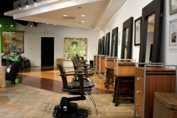 Salon de ZEN Alexandria, VA Hair Salon stations