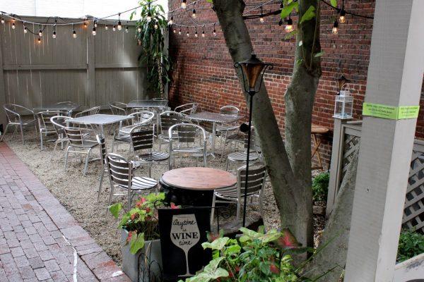Sonoma Cellar Alexandria, VA American Restaurant outdoor seating