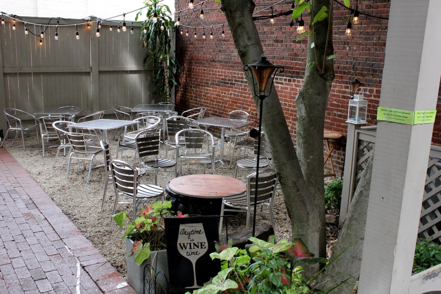 Sonoma Cellar – Alexandria, VA – See-Inside American Restaurant