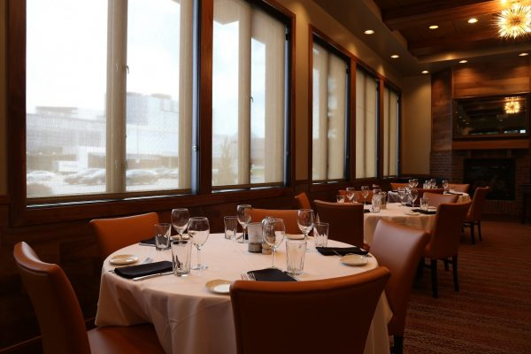 Sullivan's Steakhouse Indianapolis, IN Steak House Restaurant dining tables