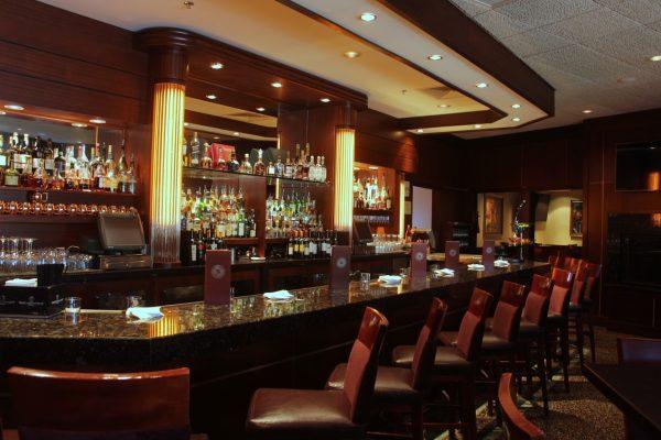Sullivan's Steakhouse Lincolnshire, IL bar