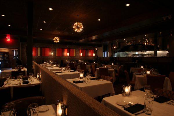 Sullivan's Steakhouse Wilmington, DE dining room