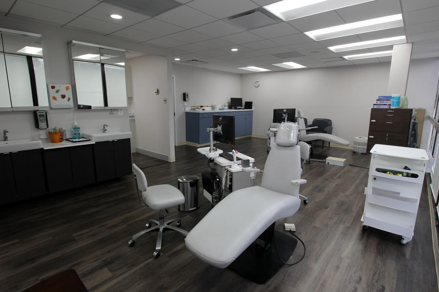 Alexandria Orthodontics Alexandria, VA dental chair