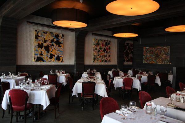 Blackstones Steakhouse Greenwich, CT Restuarant dining area