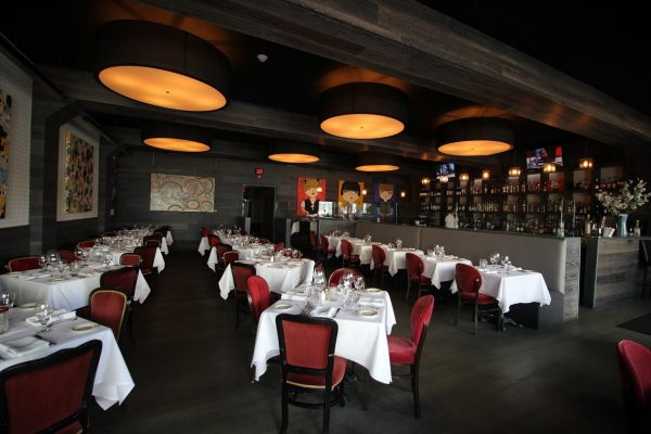 Blackstones Steakhouse Greenwich, CT Restuarant dining tables