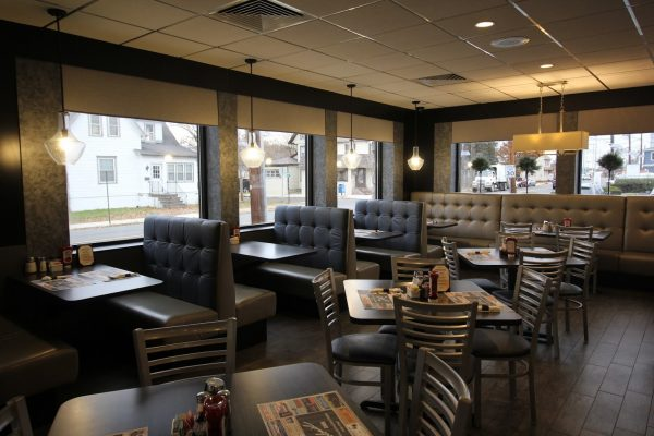Colonial Diner Woodbury, NJ Diner booths