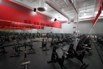 Crunch Fitness Gym at Glenside Dr, Henrico, VA spinning room