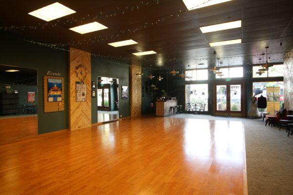 Arthur Murray Dance Center in Montrose, CA dance studio